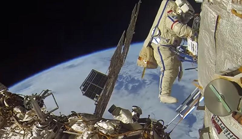 Молоток для работы в космосе