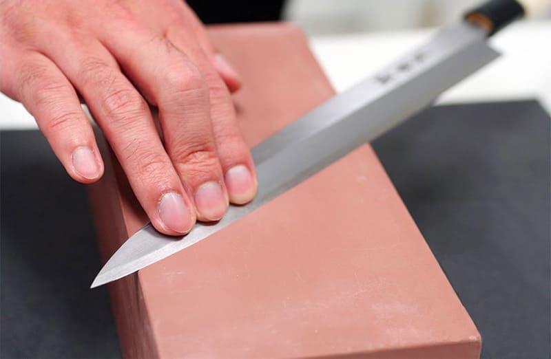 Заточка ножей оселком