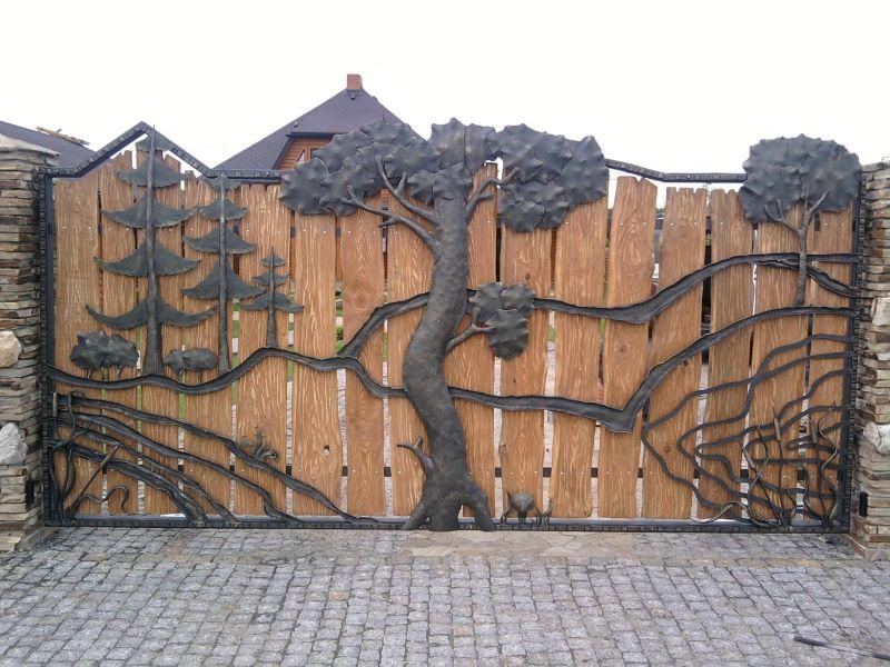 Кованые ворота из горбыля