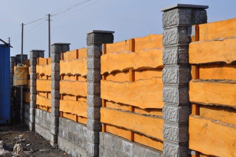 Массивный забор из горбыля